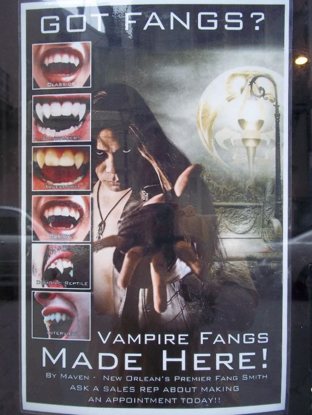 Boutique du Vampyre Fangs