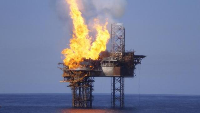 montara-oil-fire
