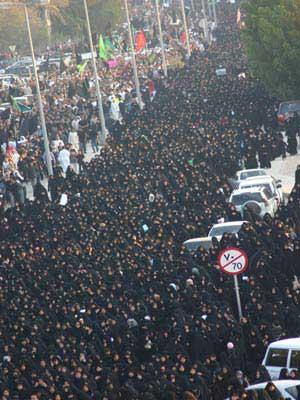 bahrain protest 100,000