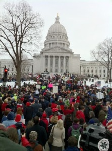 pro union anti government protests wisconsin