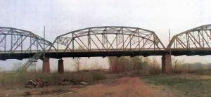 frogsville train yard bridge